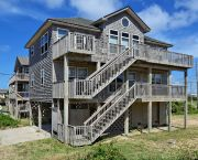 Spacious 4 Bedroom Oceanside Beach Cottage In Buxton - Lighthouse View Oceanfront Lodging