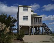 3b/3ba - Cottage - Soundfront  - Dolphin Realty