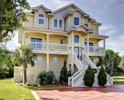Fit For Royalty - Outer Beaches Realty