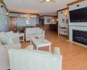 3br, 3ba Unit Steps From The Beach. - Waves Village Watersports Resort