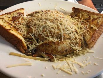 Diamond Shoals Restaurant, Chicken Linguine