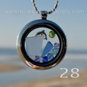 Seaside memory locket