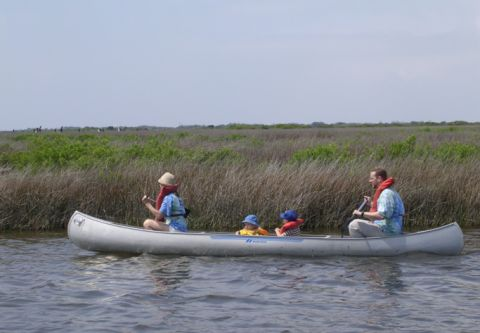 Pea Island National Wildlife Refuge, FAMILY CANOE TOURS AT PEA ISLAND